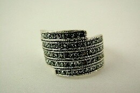 Ring - Black Rhinestone